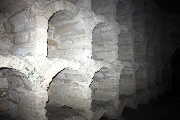 Голицынский подвал в гроте Шаляпина