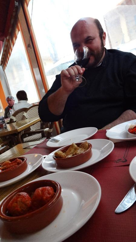 тапас в ресторанчике Марбельи