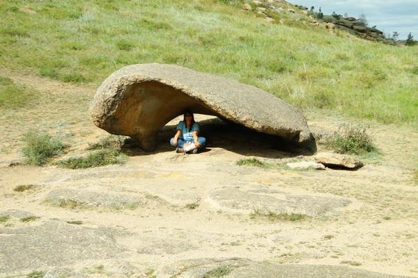 Светлана Рыжкина под каменной волной