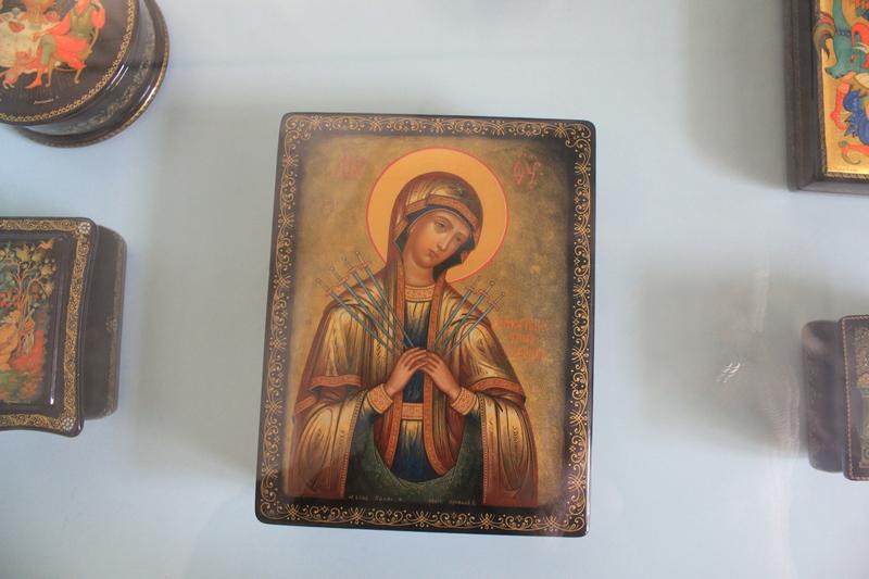 Палех — центр иконописи в традициях русской живописи