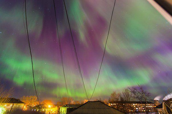 Северное сияние в Североуральске фото Антон Матвеев