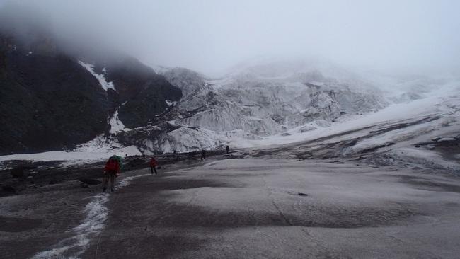 Траверс ледника Битюктюбе