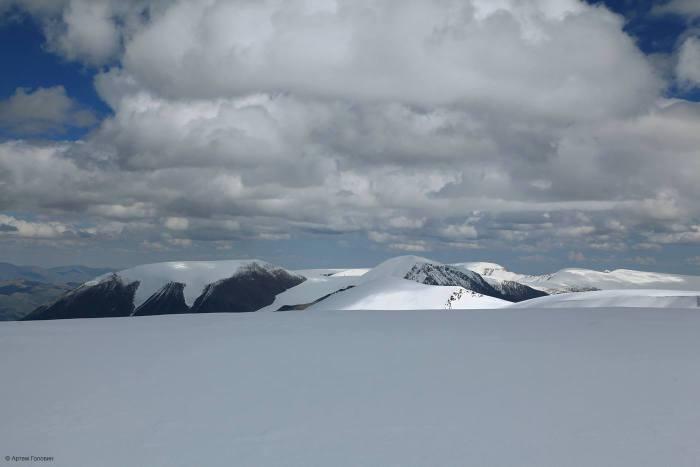 Цаст-Уул. 4193 м