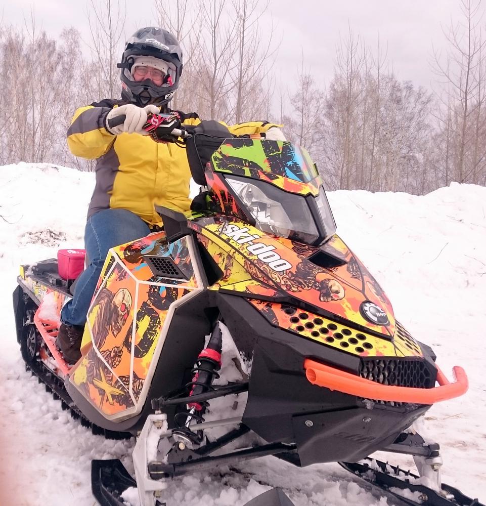 гонка на снегоходах Усть-Баяк