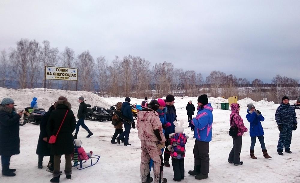 Олег Первушин гонка на снегоходах Усть-Баяк Алексей Лосев