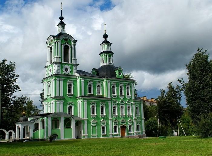 Троице-Тихвинская церковь